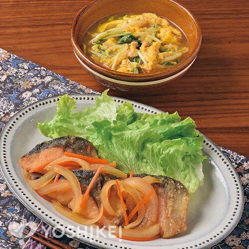 サーモンのさっぱり南蛮/水菜とそぼろの卵とじ