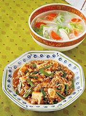 麻婆豆腐/春雨入り白湯スープ