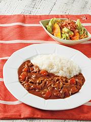 まるごとトマトのハヤシライス/カリカリベーコンのかぼちゃサラダ
