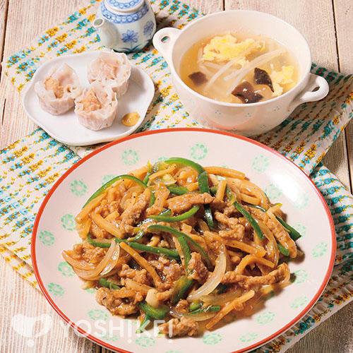 青椒牛肉絲<チンジャオニウルウスウ>/焼売/たまごスープ