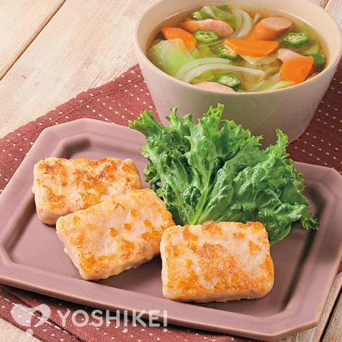 華味鳥(はなみどり)チーズ入りステーキ(食肉加工品)/ウインナーと野菜のコンソメスープ