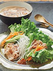 豚バラのレタス包み/雑穀入りサムゲタンスープ