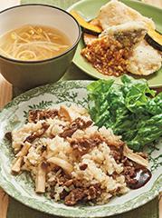 牛肉の韓国風炊き込みごはん/白身魚の葱ソース/豆もやしのスープ