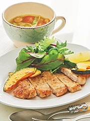 ミラノ風カツレツ/パスタカレースープ