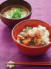 真鯛のごまだれとろろ丼/ベーコンとたっぷり野菜の沢煮椀