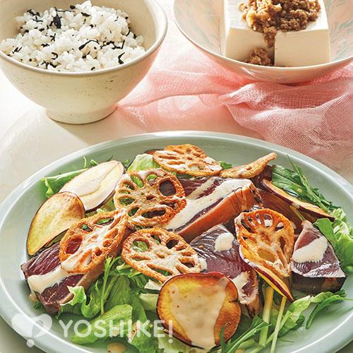 かつおと揚げ野菜のお刺身サラダ/肉みそ豆腐/ひじきごはん