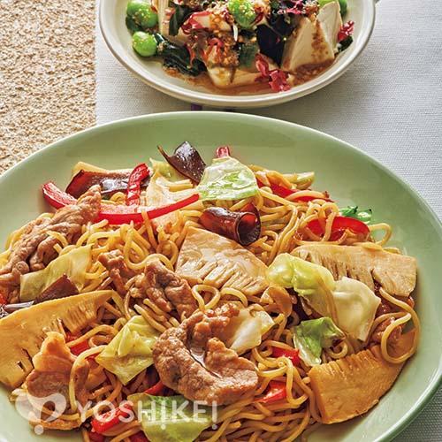 上海風焼きそば/海藻と豆腐のごま酢あえ