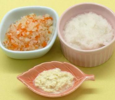 豆腐のとろとろ・じゃが芋と人参のやわらか煮・おかゆ