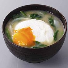卵と青菜のみそ汁
