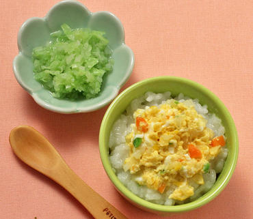カラフル野菜の卵とじ丼・やわらかキャベツ