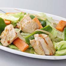 鶏肉と野菜の五目和風炒め