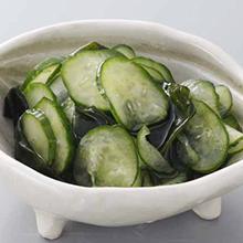 胡瓜とわかめの酢のもの