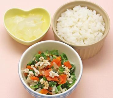 野菜のそぼろ煮・とろとろ大根・おかゆ