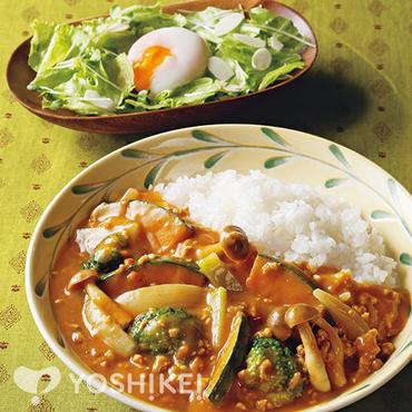緑黄色野菜のキーマカレー