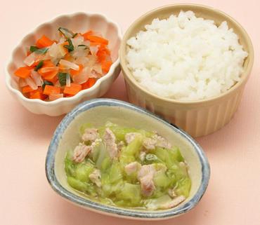 豚肉と春キャベツのとろみ煮・野菜の煮びたし・おかゆ