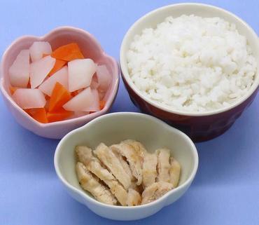 チキンソテー・大根と人参の煮もの・おかゆ