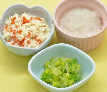 人参の白あえ風・白菜と玉葱のやわらか煮・おかゆ