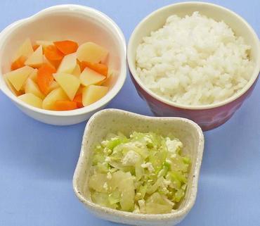 白菜の白あえ風・じゃが芋と人参のやわらか煮・おかゆ