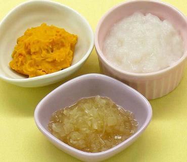 かぼちゃのペースト ヨーグルトあえ・玉葱のやわらか煮・おかゆ