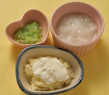 ポテトのヨーグルトがけ・やわらか白菜・おかゆ