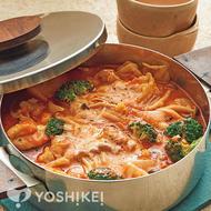 ハーブチキンのトマトチーズ鍋
