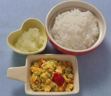 野菜オムレツ・玉葱のやわらか煮・おかゆ