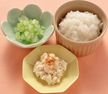 くずし豆腐・白菜と玉葱のやわらか煮・おかゆ