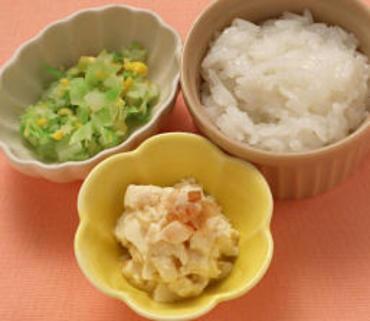 くずし豆腐・キャベツのコーン煮・おかゆ