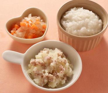 牛肉ポテト・玉葱と人参のやわらか煮・おかゆ