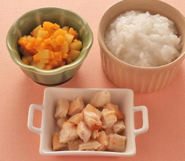 ころころチキン・さつま芋とかぼちゃのやわらか煮・おかゆ