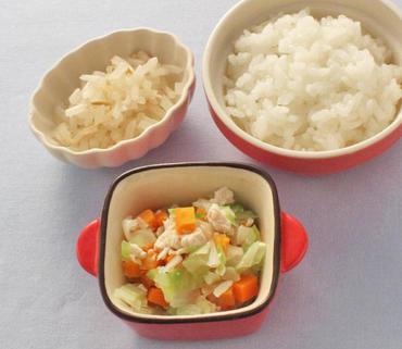 鶏肉と野菜のやわらか煮・もやしのおひたし・おかゆ