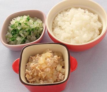豚しゃぶと大根のとろみ煮・水菜と玉葱のやわらかあえ・おかゆ