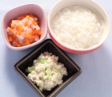 豆腐とキャベツの白あえ風・大根と人参の煮もの・おかゆ