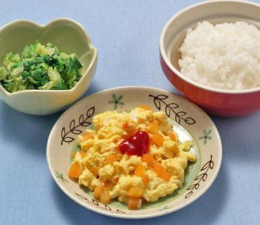 人参のオムレツ風・白菜と太葱の煮もの・おかゆ