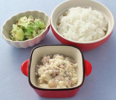 肉豆腐・キャベツとぶなしめじのやわらか煮・おかゆ