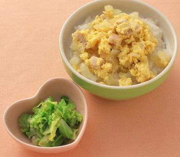 親子丼・白菜の煮びたし