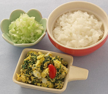 青菜のオムレツ風・キャベツのおひたし・おかゆ