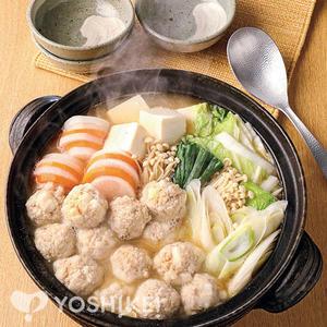 ふんわり鶏団子の味噌鍋